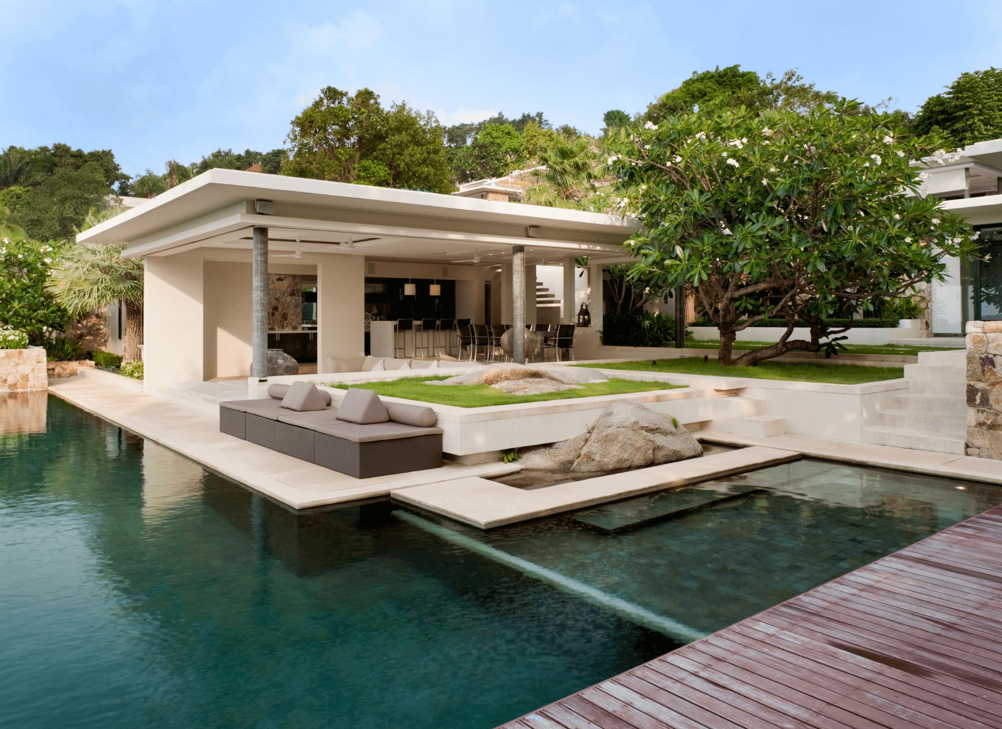 poolhouse modern